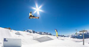 Snowboarding and freestyle skiing in Madonna di Campiglio