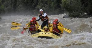 rafting copyright Extreme Waves