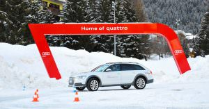 Testfahrt auf Eis in den Dolomiten