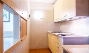 cucina appartamento con giardino residence Ambiez di Residence Hotels