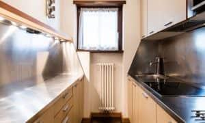 cucina di appartamento family per 6 persone