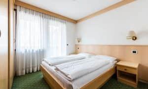 camera da letto di appartamento family per 6 persone