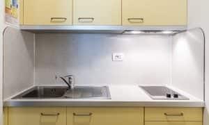 cucina Monolocale Superior con balcone 3 persone