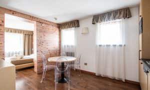 Apartment Superior mit zwei Schlafzimmern und Balkon (4 Personen)