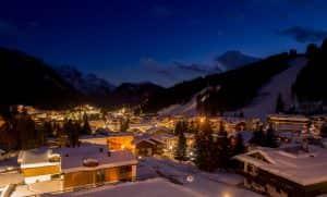 Madonna di Campiglio by night. Numerosi bar club pub ti aspettano per il divertimento dopo lo sci.
