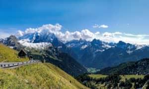 Panorama Val di Fassa Dolomiti Trentino dal passo